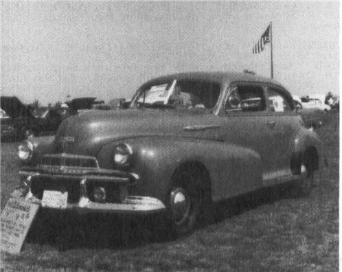 1942 OLDSMOBILE Special Series 66 ^ 68